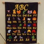 ABC-tavla med flyttbara abc-symboler