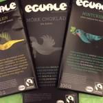 Fair-trade chokladkakor: mörk choklad med apelsin, mörk utan smaktillsats eller mörk med mintcrisp